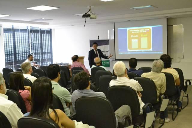 Palestra Educação Financeira para Empresas – CDL Três Rios