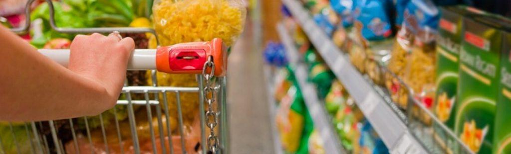 Confiança do Consumidor recua 6,1% em junho e atinge menor patamar em 18 meses